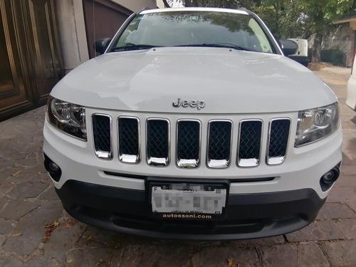 jeep compass latitude 4x2  at