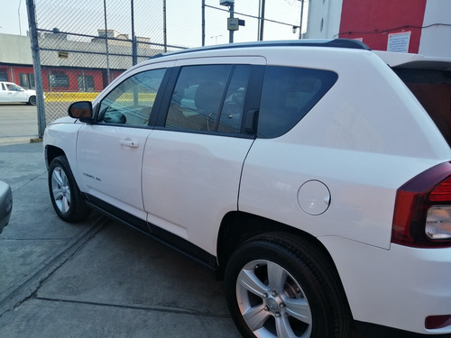 jeep compass latitude aut