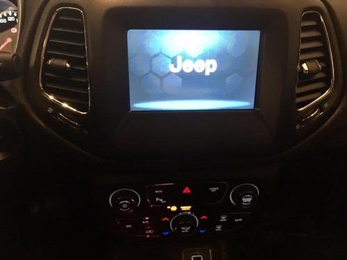 jeep compass longitud 9at