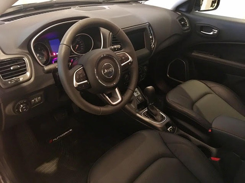 jeep compass longitud plus