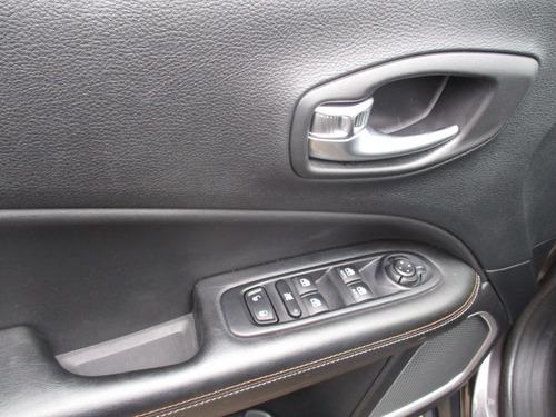 jeep     compass    longitude 2.4 aut 5p  fyl754