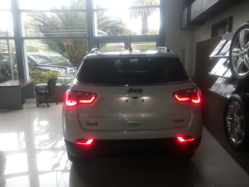 jeep compass longitude , 2,4 l , 4x4 , at 6 marchas