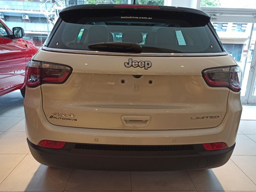 jeep compass sport at6 financia fca hasta el 70%