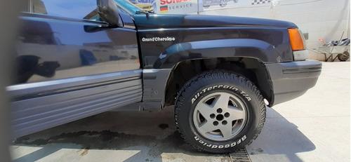 jeep gran cherokee  laredo 1995