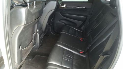jeep gran cherokee laredo 4x4 3.6 v-6 4p 2011
