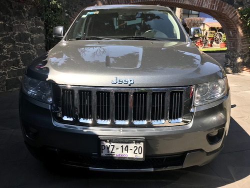jeep grand cherokee 2013 límited premium v8