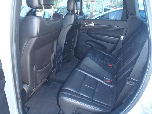 jeep grand cherokee 3.6 4x4 laredo 2011