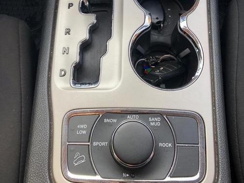 jeep grand cherokee 3.6 laredo 4x4 aut 2012