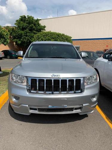 jeep grand cherokee 3.6 laredo v6 lujo 4x2 mt 2011