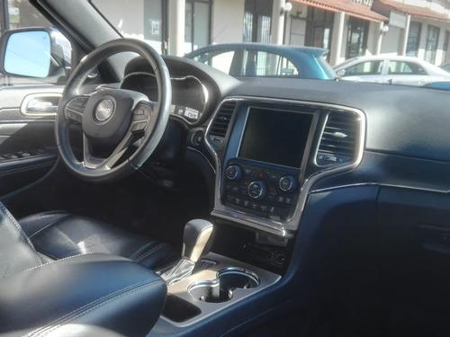 jeep grand cherokee 3.6 limited 4x2 mt