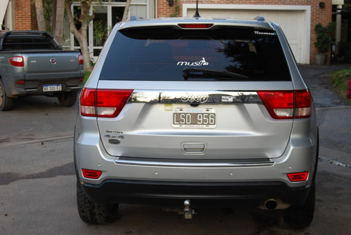 jeep grand cherokee 3.6 overland 286hp at, impecable!!