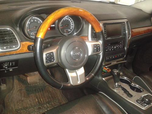 jeep grand cherokee 4 x 4 overland