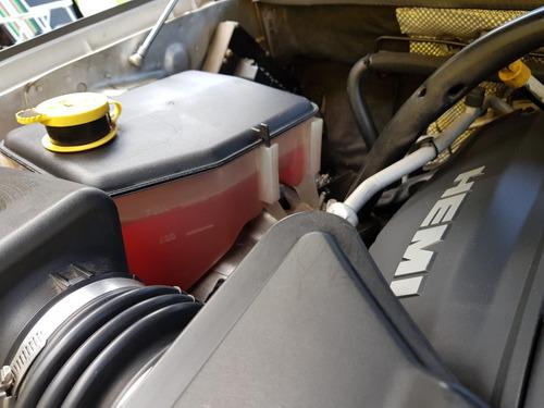 jeep grand cherokee 5.7 v8 hemi 2006 - 326hp