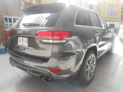 jeep grand cherokee 6.4 srt-8 4x4 mt