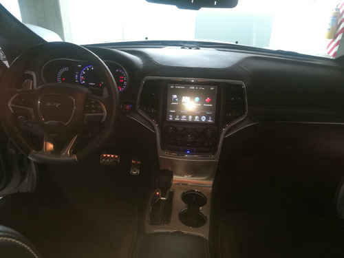jeep grand cherokee 6.4l 4x4 at