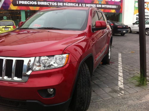 jeep grand cherokee laredo 2011 v6 4x2 at