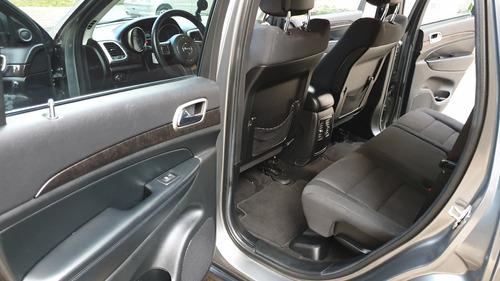 jeep grand cherokee laredo 2012 - precio negociable