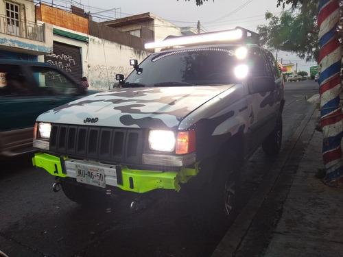 jeep grand cherokee laredo 4x4