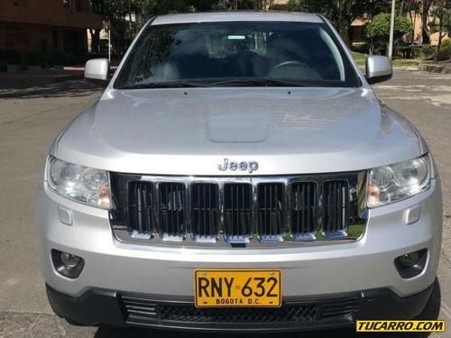 jeep grand cherokee laredo at 4000cc 4x4