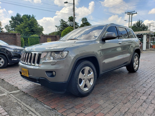 jeep grand cherokee limited at 3600 cc 2011