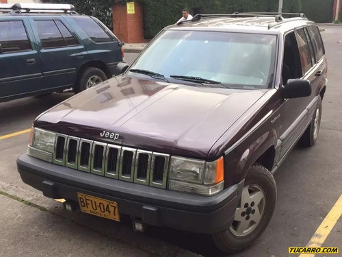 jeep grand cherokee limited at 4000cc