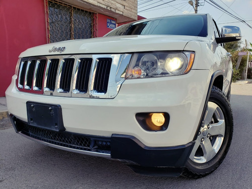 jeep grand cherokee limited v6 4x2 at 2012