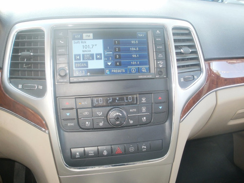 jeep grand cherokee mod. 2011