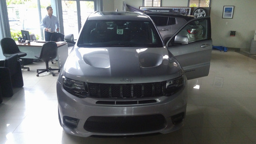 jeep grand cherokee srt8 v8 6.4l 465 hp dv