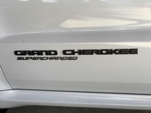jeep grand cherokee trackhawk 6.2 sc v8