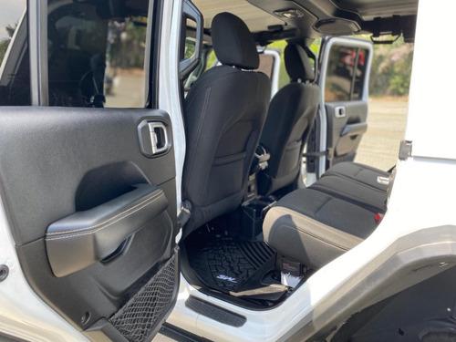 jeep jl unlimited sahara