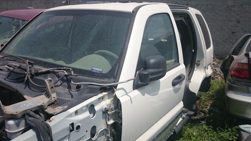 jeep liberty 03-07 por partes,refacciones, piezas, desarmo