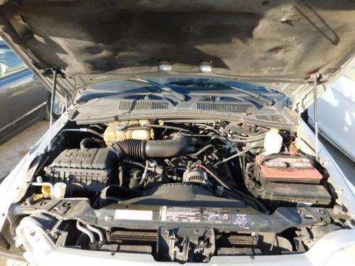 jeep liberty 2004 se vende solamente en partes