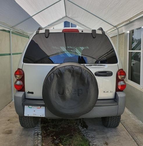 jeep liberty 2005 sport 4x2 piel quemacocos $105,000