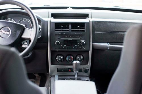 jeep liberty 2010-2011