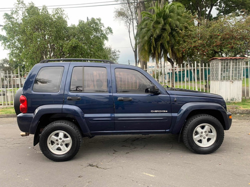 jeep liberty 3.7 limited 4x4 at