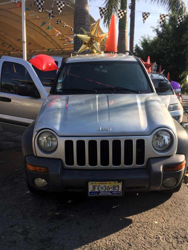 jeep liberty 3.7 sport 4x2 mt 2003