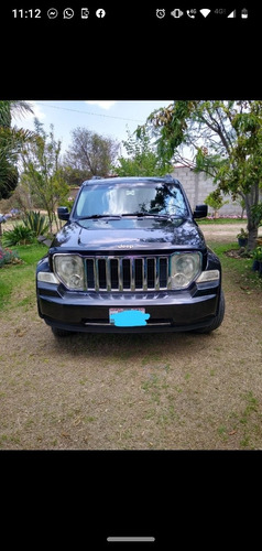 jeep liberty 4x2 limited