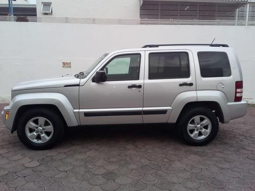 jeep liberty aut