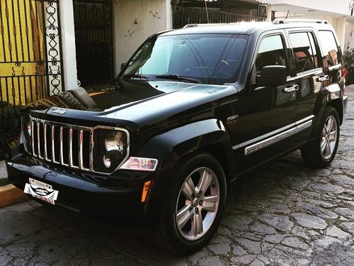 jeep liberty jet tope de gama