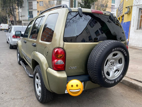 jeep liberty limited 4x2 at 2004
