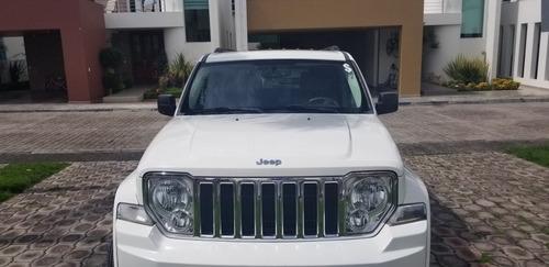jeep liberty limited base piel 4x2 mt 2009