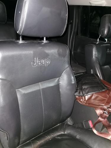 jeep liberty limited base piel 4x2 mt 2011