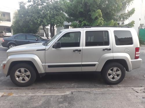 jeep liberty limited jet piel 4x2 mt 2013