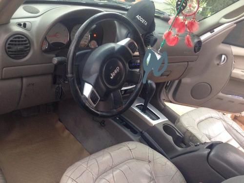 jeep liberty sport 4x2 at 2002