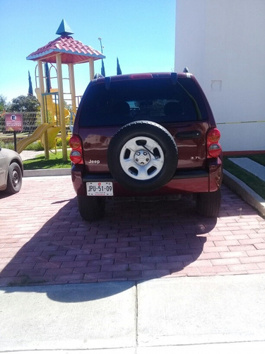 jeep liberty sport 4x2 at 2002