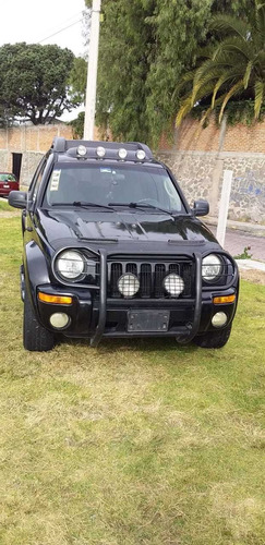 jeep liberty sport 4x2 at 2004