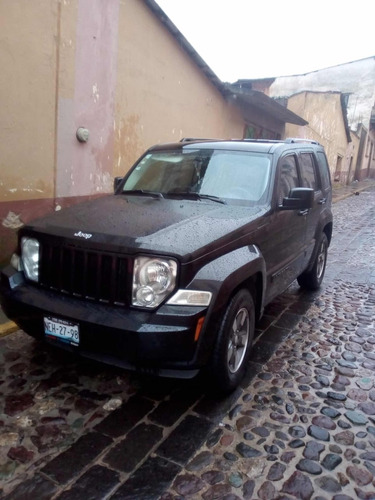 jeep liberty sport 4x2 at 2008