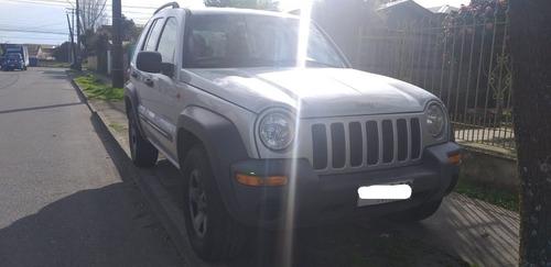 jeep new cherokee 3.7 gris 5 puertas