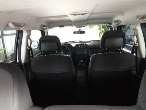 jeep patriot base x 5vel aa abs ba 4x2 mt 2012