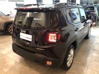 jeep renegade 1.8 sport manual  retiro solo con el 30%